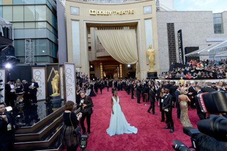 GTY_Oscars_Lupita_wide_view_476222161