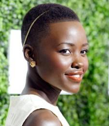 mcx-lupita-nyongo-beauty-looks-010-article-44946619-xln
